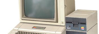 1977: Apple II Introduced